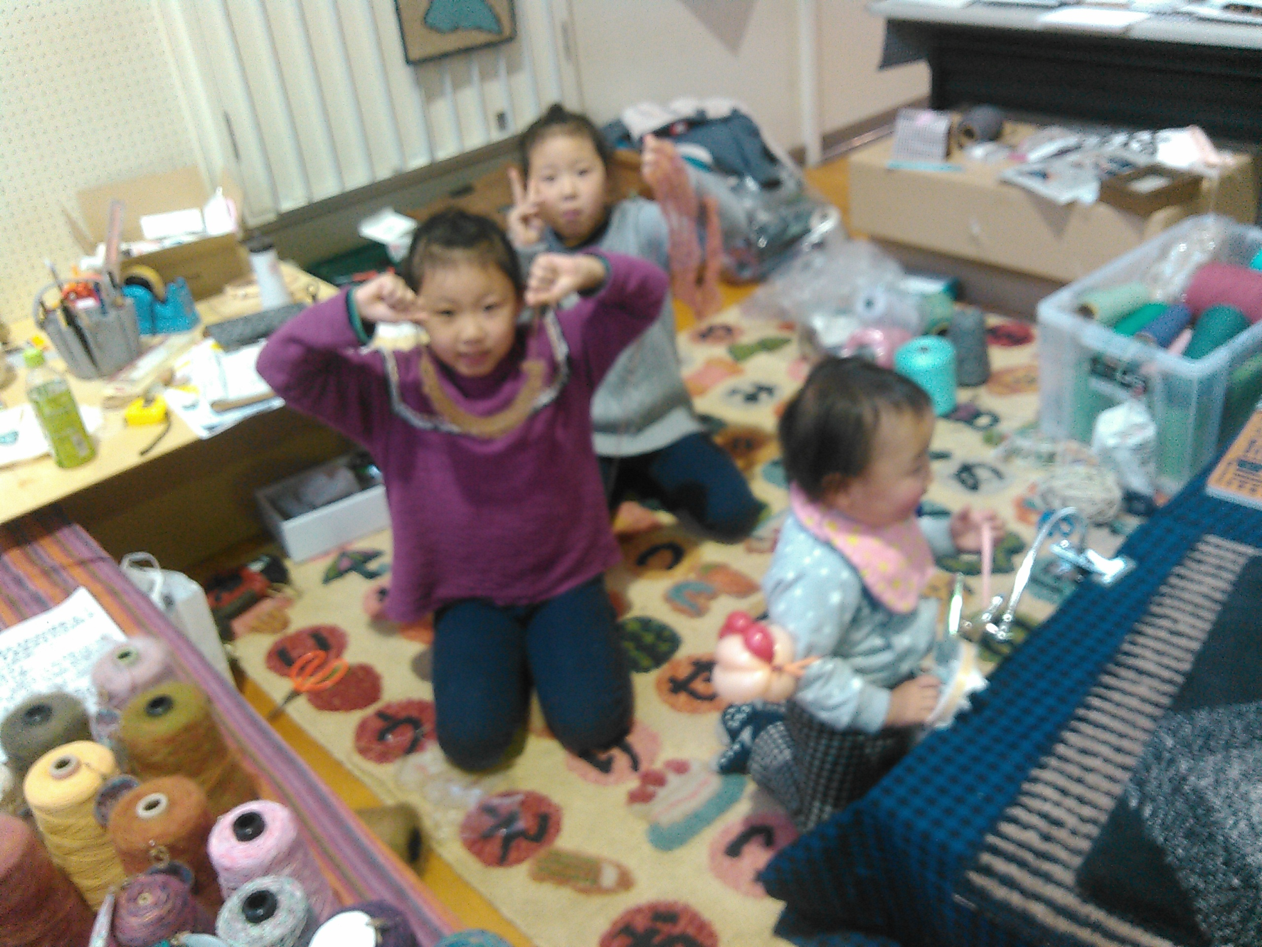 http://hozumi-rug.com/blog/B.jpg/KIMG0288.jpg